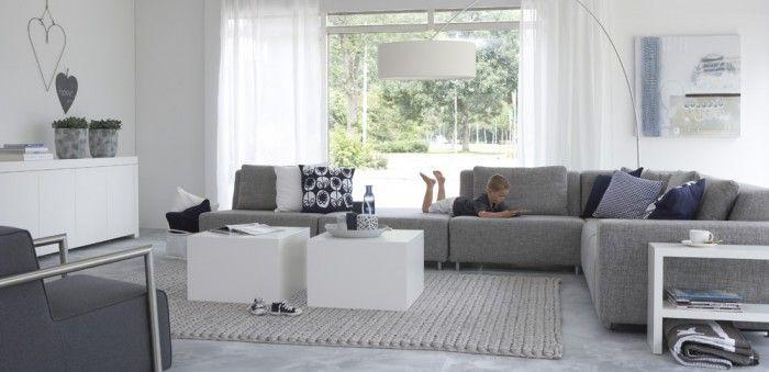 moderne grijze bank voor woonkamer - Woonkamer | Livingroom ...