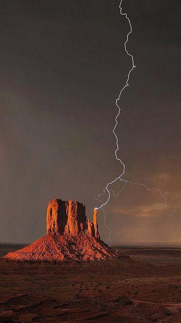 Pin By Sabbar Davis On Lightning Amazing Nature Nature Photography Nature