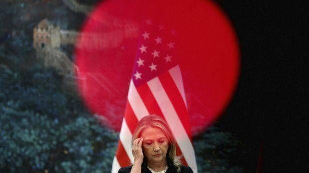 Las cuatro piedras en los zapatos de Hillary Clinton