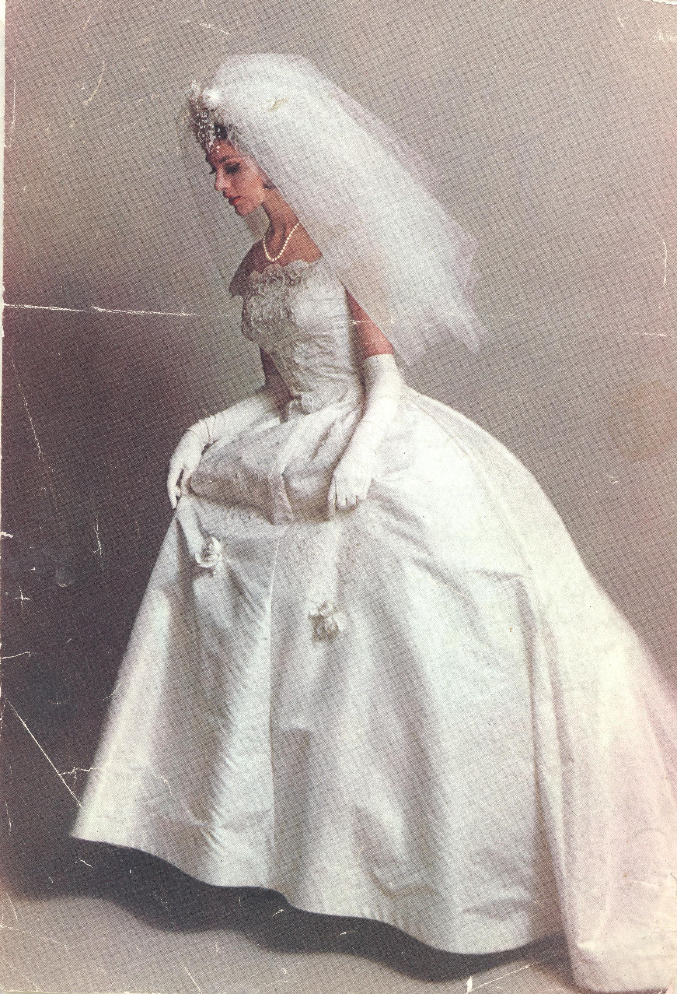 Vintage bridal wedding dress shopping tips pinterest vintage