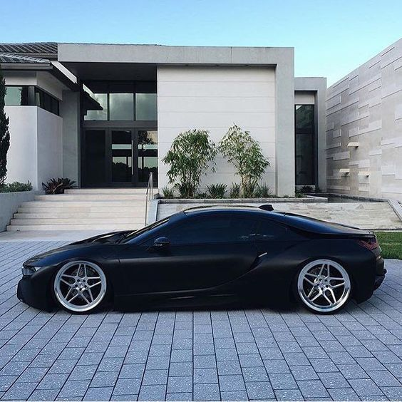 Luxury Motor Press Wraps The Weekend With This Jet Black Bmw I8