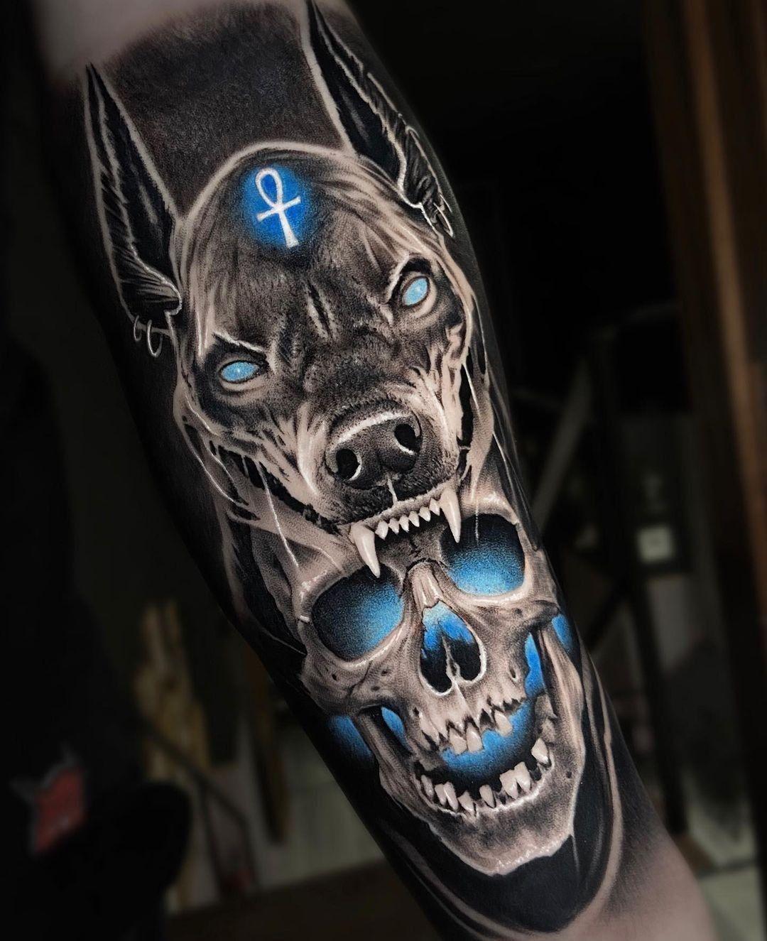 """IL TATUAGGIO MAGAZINE 🔴 on Instagram: """"#art by @angel.de.la.concha #anubistattoo #skulltattoo #tattoo #tatuaggio #iltatuaggio #inked #iltatuaggiomagazine #tattoos #tattooart…"""""""