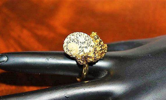 HATTIE CARNEGIE Designer Haute Couture Shell Gold Tone SIGNED