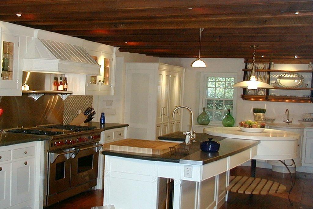 Spogue Kitchens & Bath | Kitchen Interior Design by Fernando Rogelio Guerra