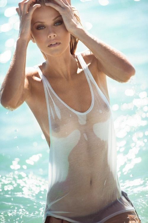 Pictures chicks hot women nude wet t shirt beauty the