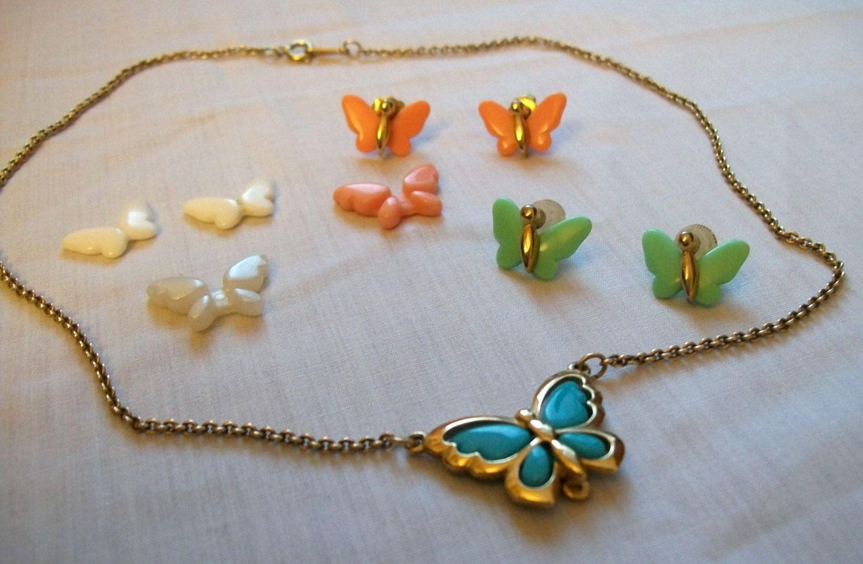 Avon Necklace Butterfly Necklace Vintage Avon Jewelry Avon Jewelry Set Butterfly Earrings By Vintageplusc Avon Jewelry Vintage Avon Vintage Costume Jewelry