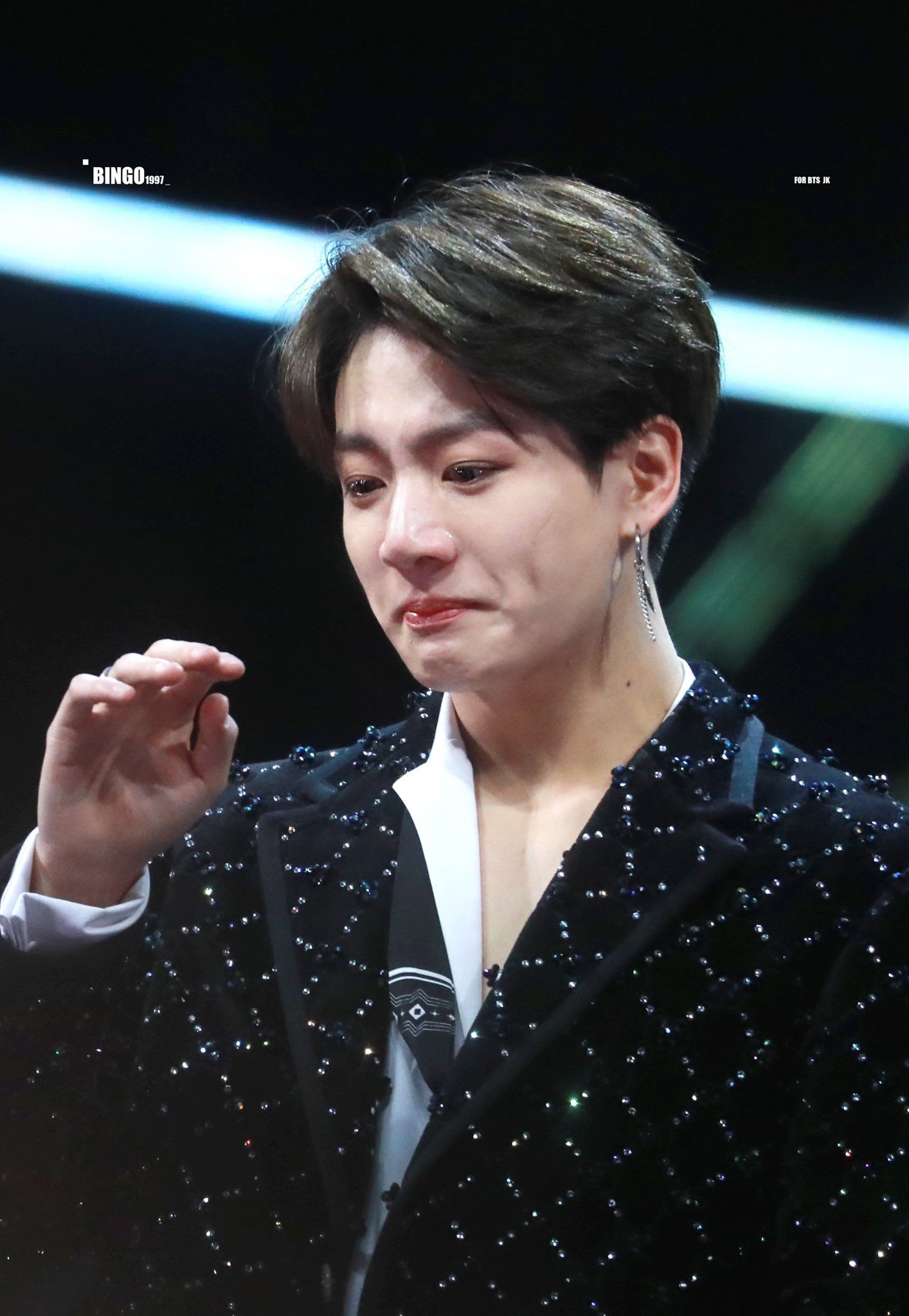 JUNGKOOK || BTS || 2018 MAMA Hong Kong ||181214 || crying