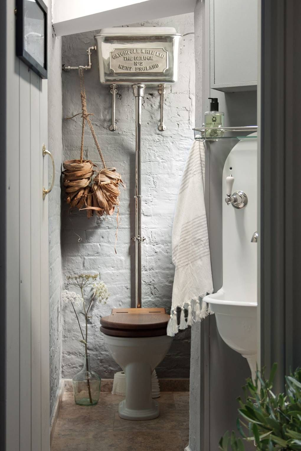 Photo of House & Garden's essential guide to planning a bathroom