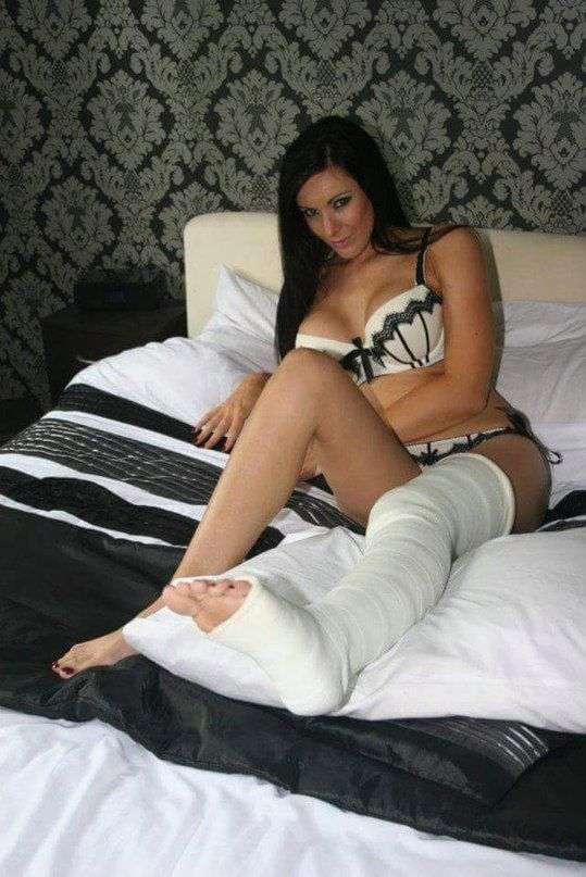 Cast fetish in leg plaster