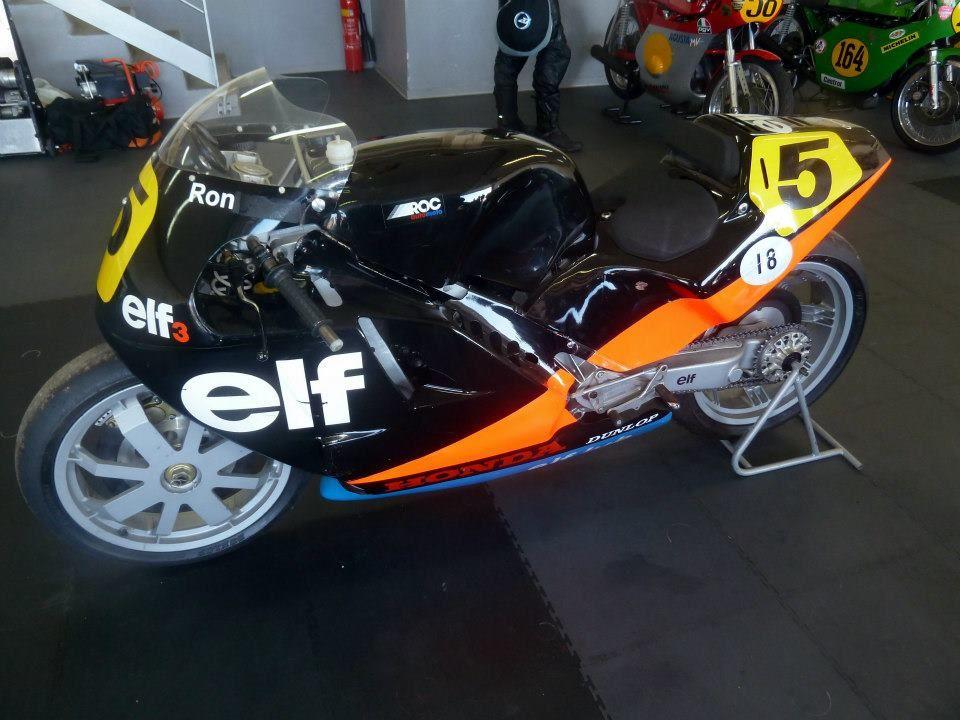 Motos de course anciennesLe Castellet 2013 (With images