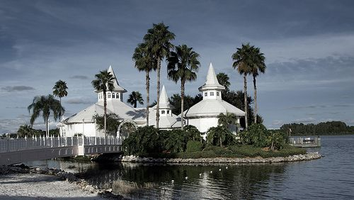 Location The Walt Disney World Grand Floridian Wedding Pavilion Keywords Floridadestinationweddingvenues Jevelweddingplanning