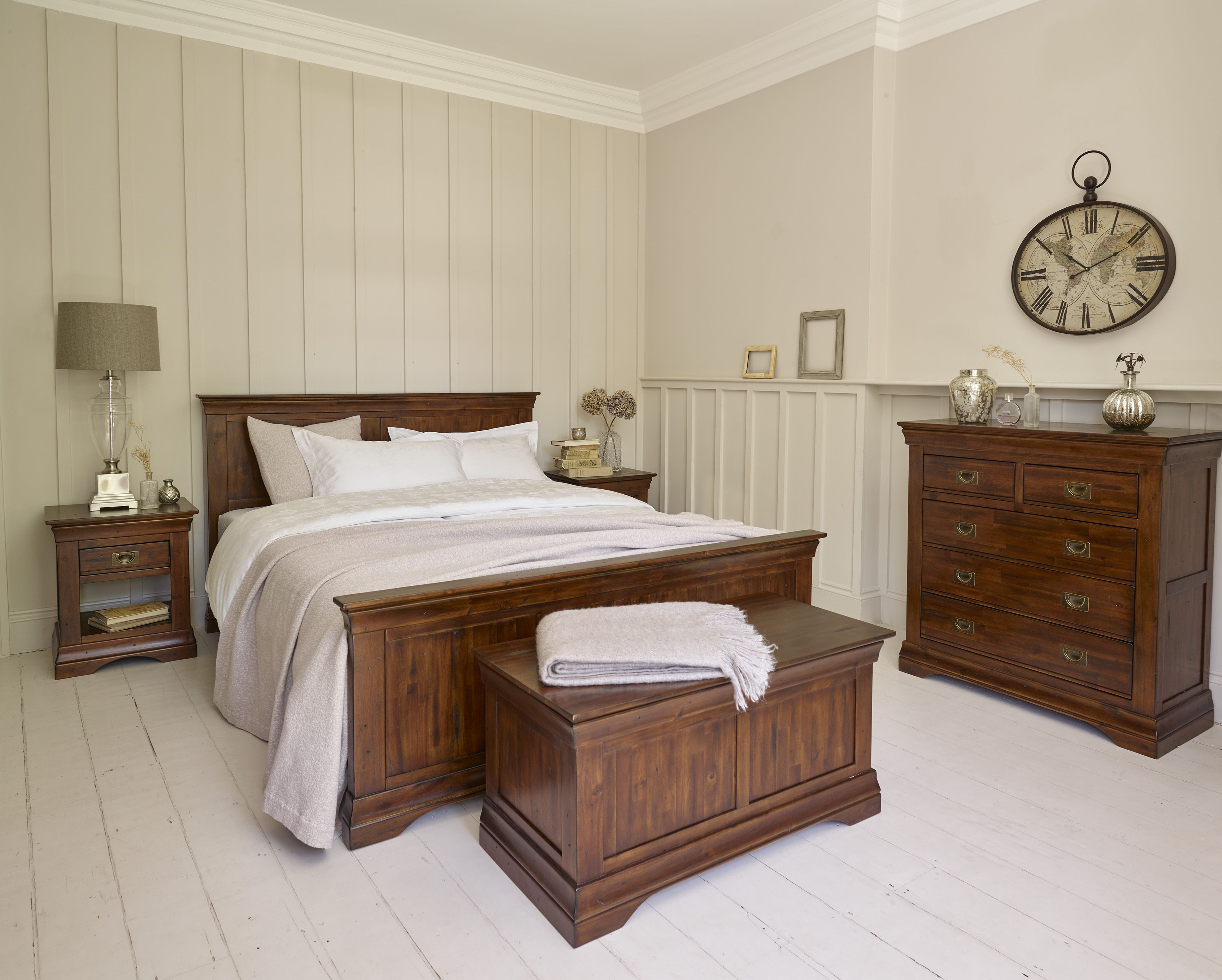 The largest bed in the victoria range with panelled - Bedroom furniture made in north carolina ...