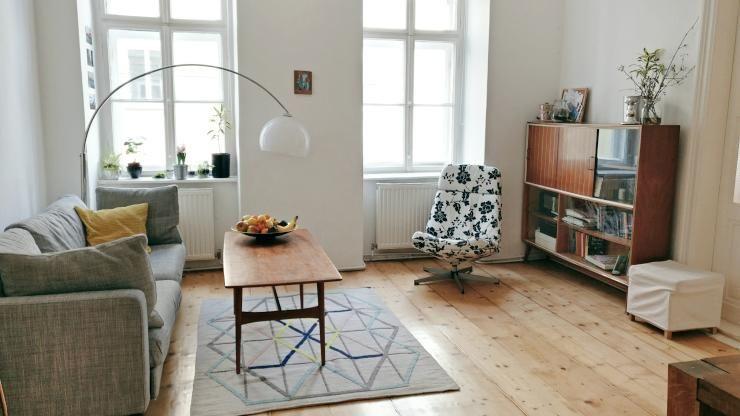 Gemütlich und modern eingerichtetes Altbauwohnzimmer. #Altbau ...