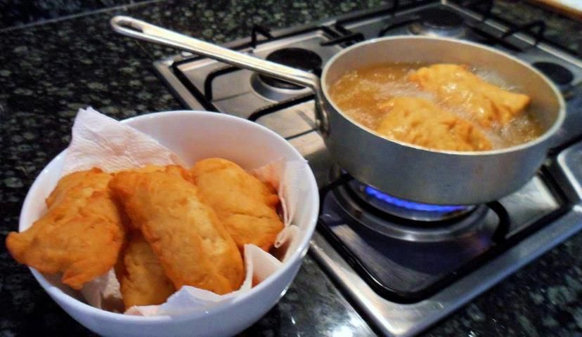 MAORI STYLE FRIED BREAD MEAN WHANAU:) Ingredients 3 1/2 c ...
