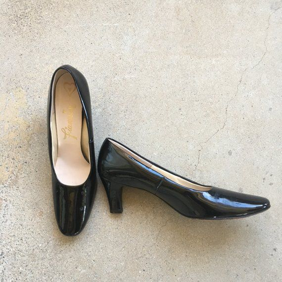 4f141ed5a5043 narrow 8.5 AA black patent leather pumps 60s vintage low heel closed ...