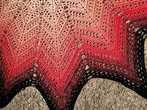 Feel some Gaelic love (Is bréa) for this pattern! Cirkad Sjal f1f5b8d5c9f6e