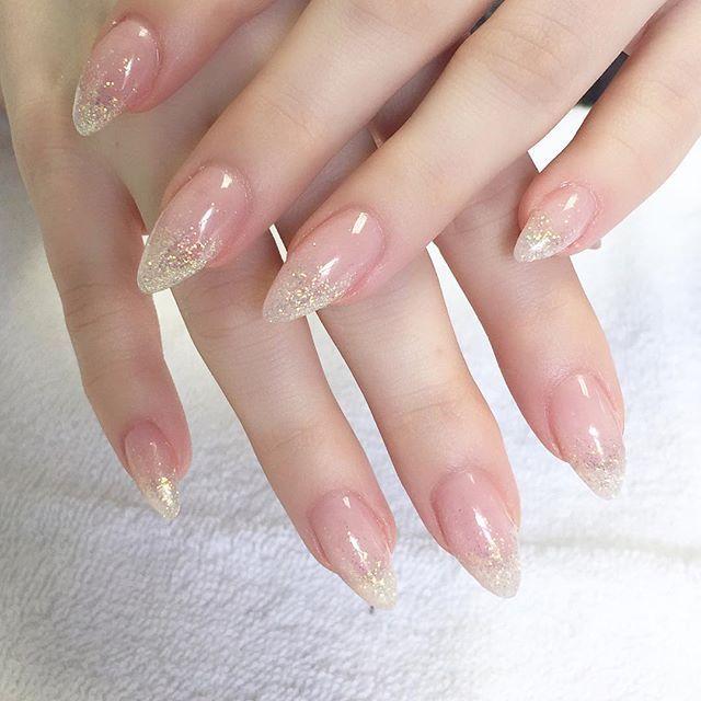 Gel Natural Glitter Nails Wedding Spring Nail Trends