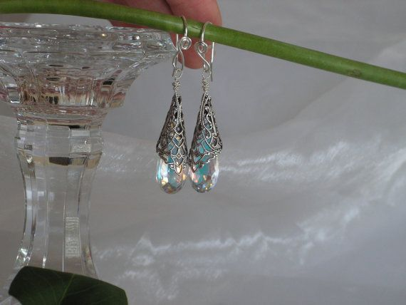 Great diamond look faceted Earrings.  Sophisticated elegance in a vintage style she is sure to love!