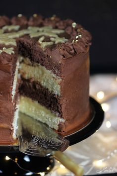 Photo of Chocolate marzipan cake – I'm looking forward to Christmas! – Maren Lubbe – Delicious delicacies