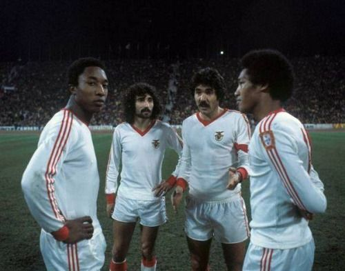 machine-gun-blues:  Quando o Benfica era O Benfica.
