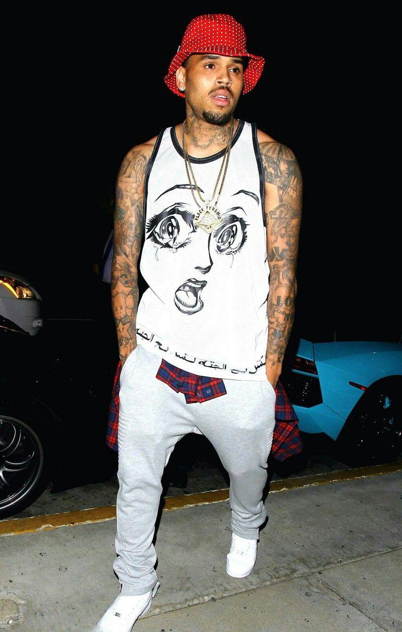 Him Chris Brown Is One Of The Jaw Dropping Fine Light Skin Lol Lavish Pinterest Chris