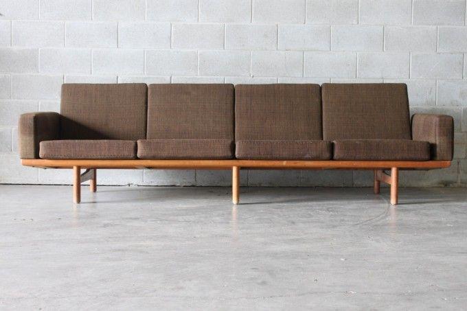 XL Hans Wegner Sofa
