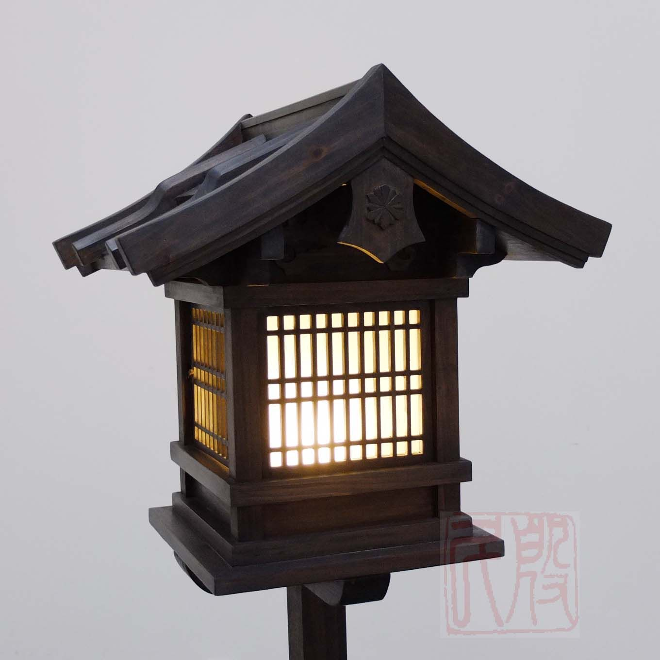 Japanese Wooden Lantern, Outdoor (WL2)