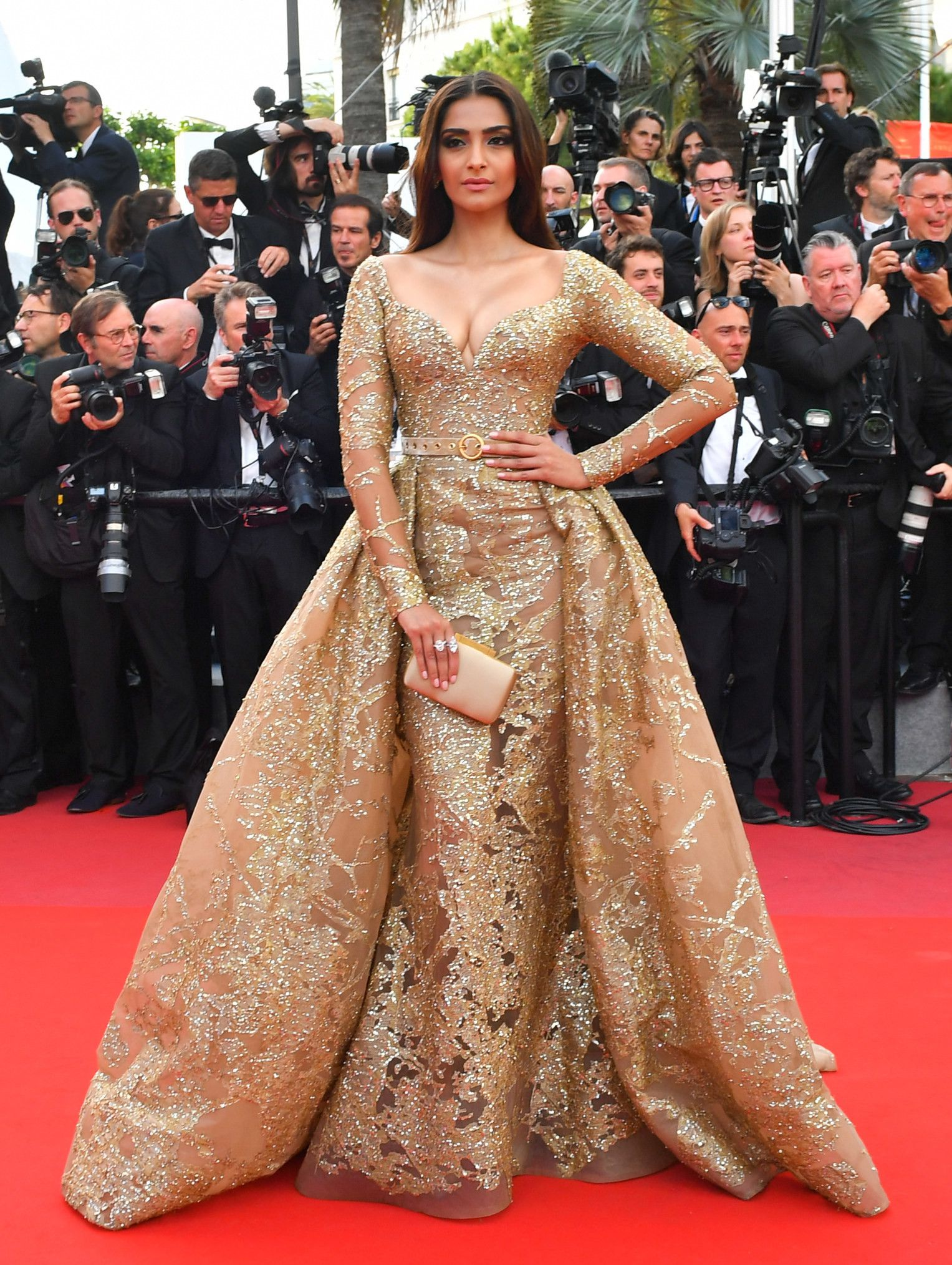 photos of sonam kapoor walking the cannes film festival red