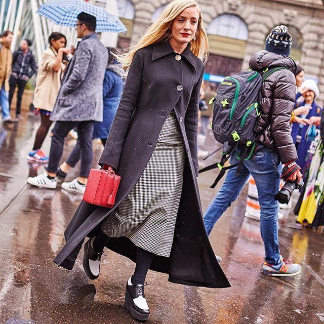 Kate - Milan #streetstyle #streetfashion #mariovillanuevastyle #moda #mode #fashion #katefoley #mfw #mfw16 @real_kate_foley