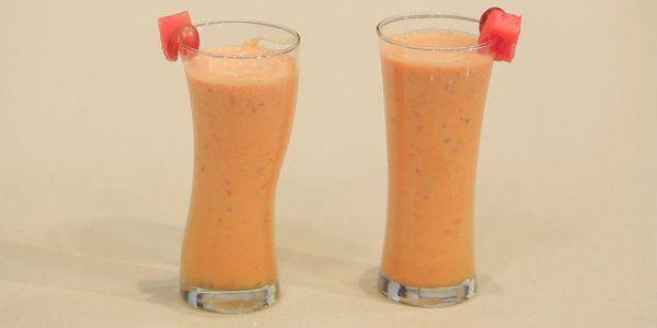 Cbc Sofra طريقة عمل كوكتيل تين شوكي غادة جميل Recipe Smoothies Recipes Glassware