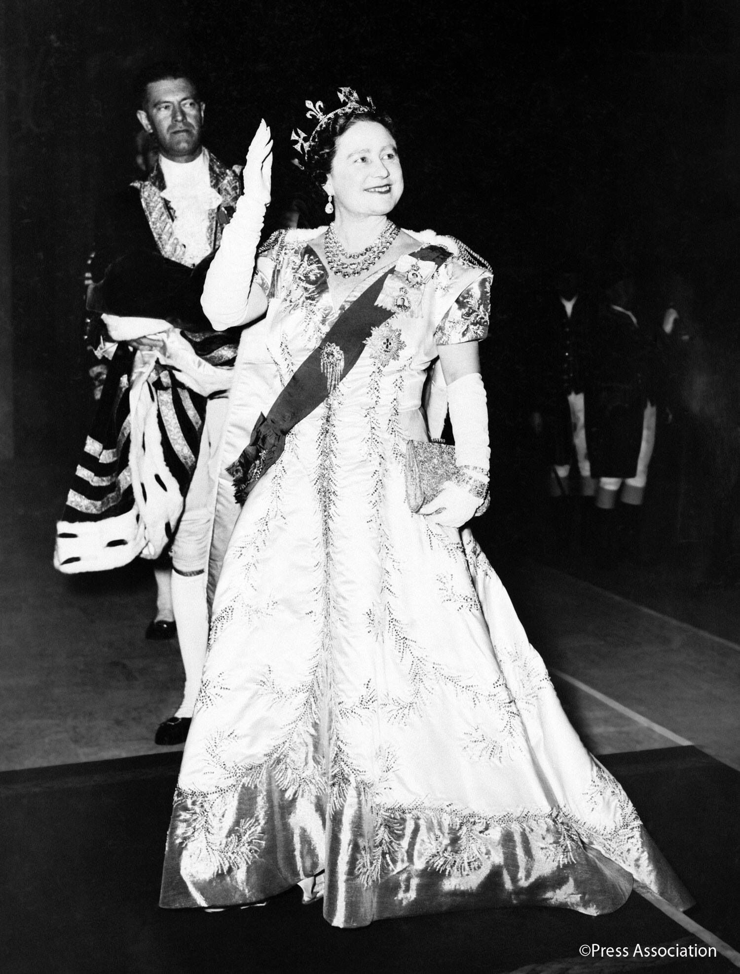 Queen Mum Queen elizabeth, Queen's coronation, Her