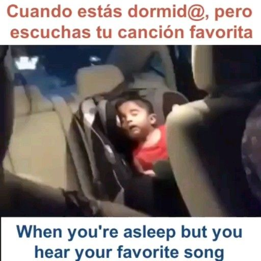 Funny Spanish/inglés video meme-When your fav song comes on