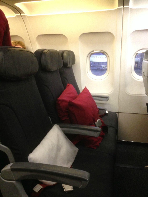 Airbus A319 100 Air Canada Rouge Cabin Interior Premium Seats Layout Air Canada Rouge Fleet Cabin Interiors