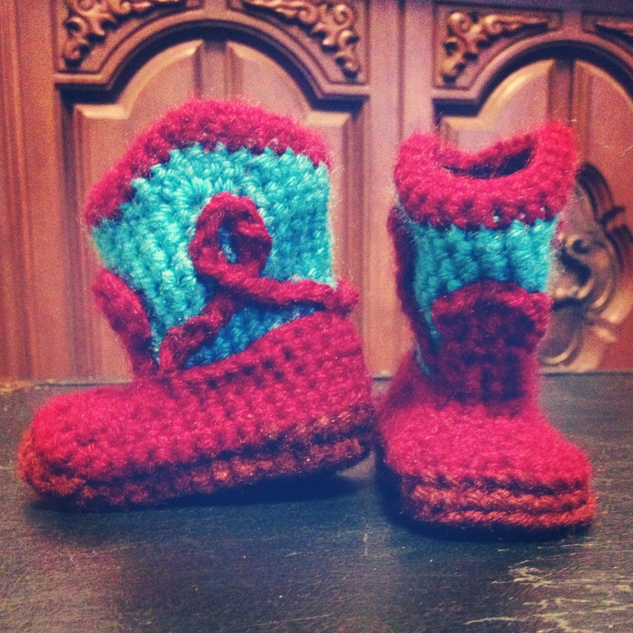 Cowboy Booties Inspiration:   http://www.ravelry.com/patterns/library/cowboy-boots