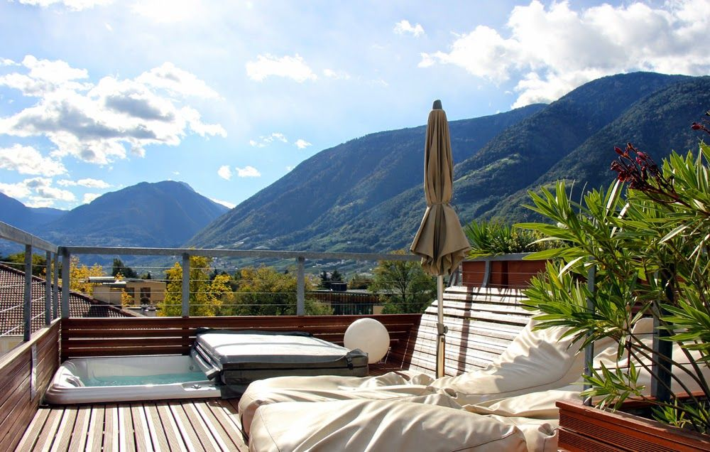 Private roof top terrace with jacuzzi and a 360° panorama view over ...