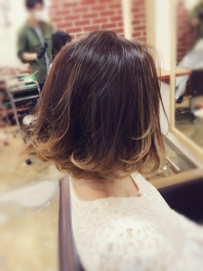 3d グラデーションカラー ボブ ロブ グレージュ インナーカラー ハイライト Eightplat 渋谷 ヘアカラー 短い髪のためのヘア スタイル ミディアムショートヘア