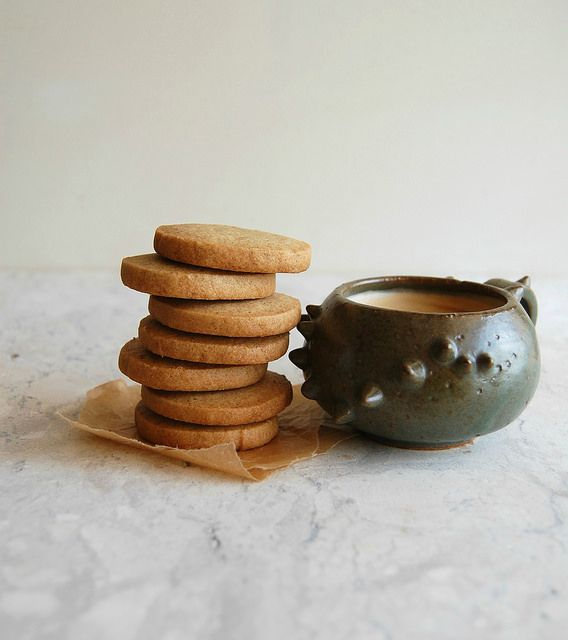 Orange Rye And Nutmeg Slice And Bake Cookies Biscoitos De Laranja Centeio E Noz Moscada Biscoitos De Laranja Cozinhar Biscoitos Centeio