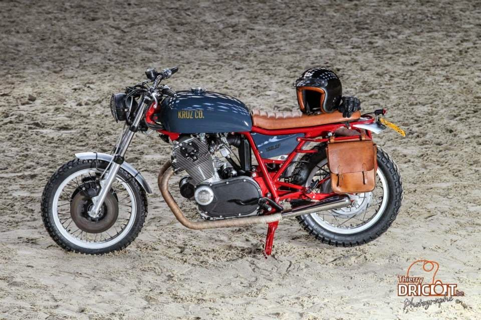 RocketGarage Cafe Racer: KC#004 Laverda SF 750 Scout
