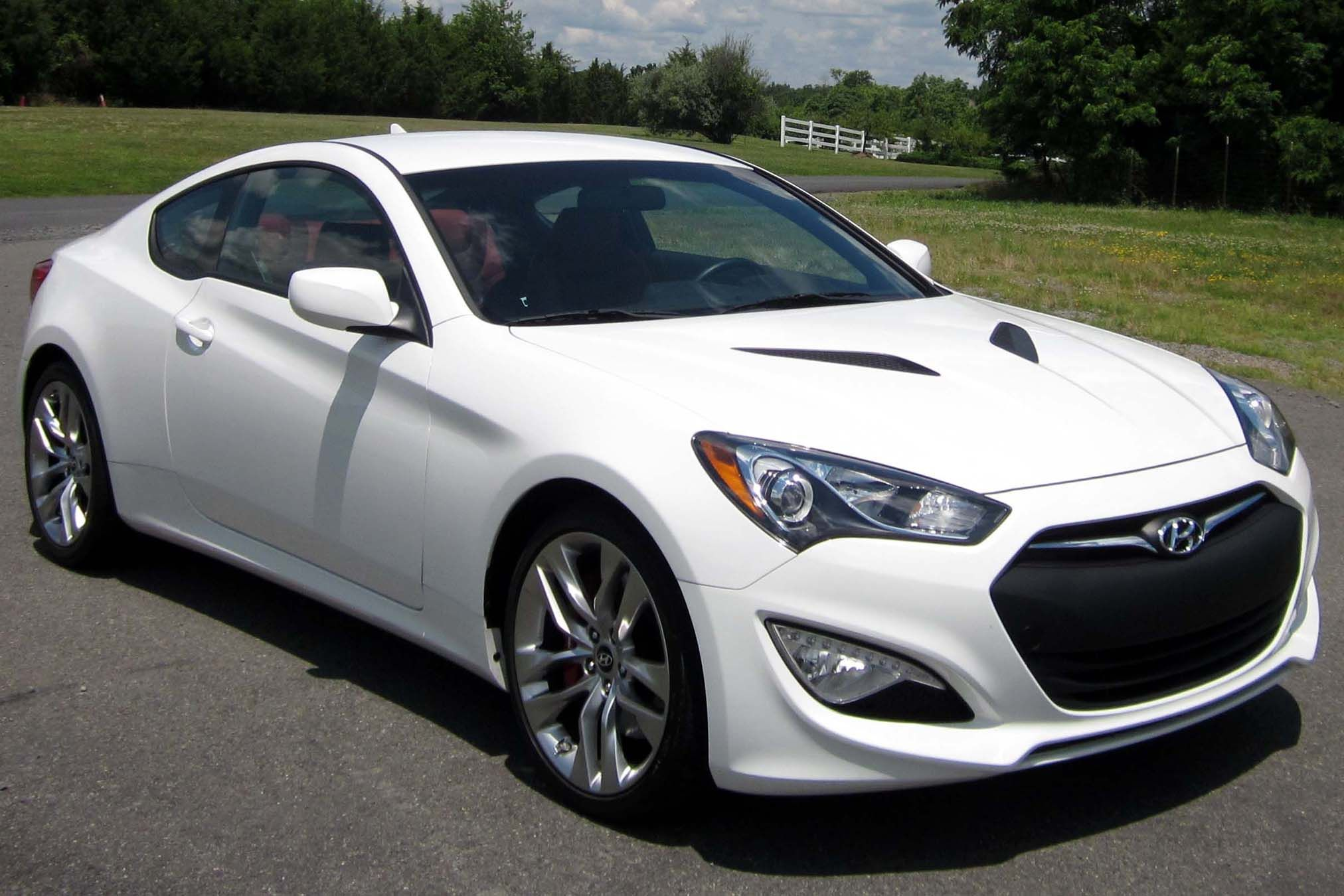 2013 hyundai genesis coupe grand touring monaco white 32 000