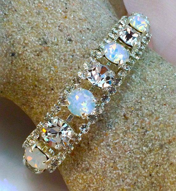 Bracelets Bridal Rhinestone Clear Chaton  Cuff Bracelet with Crystals from Swarovski Fashion Jewelry