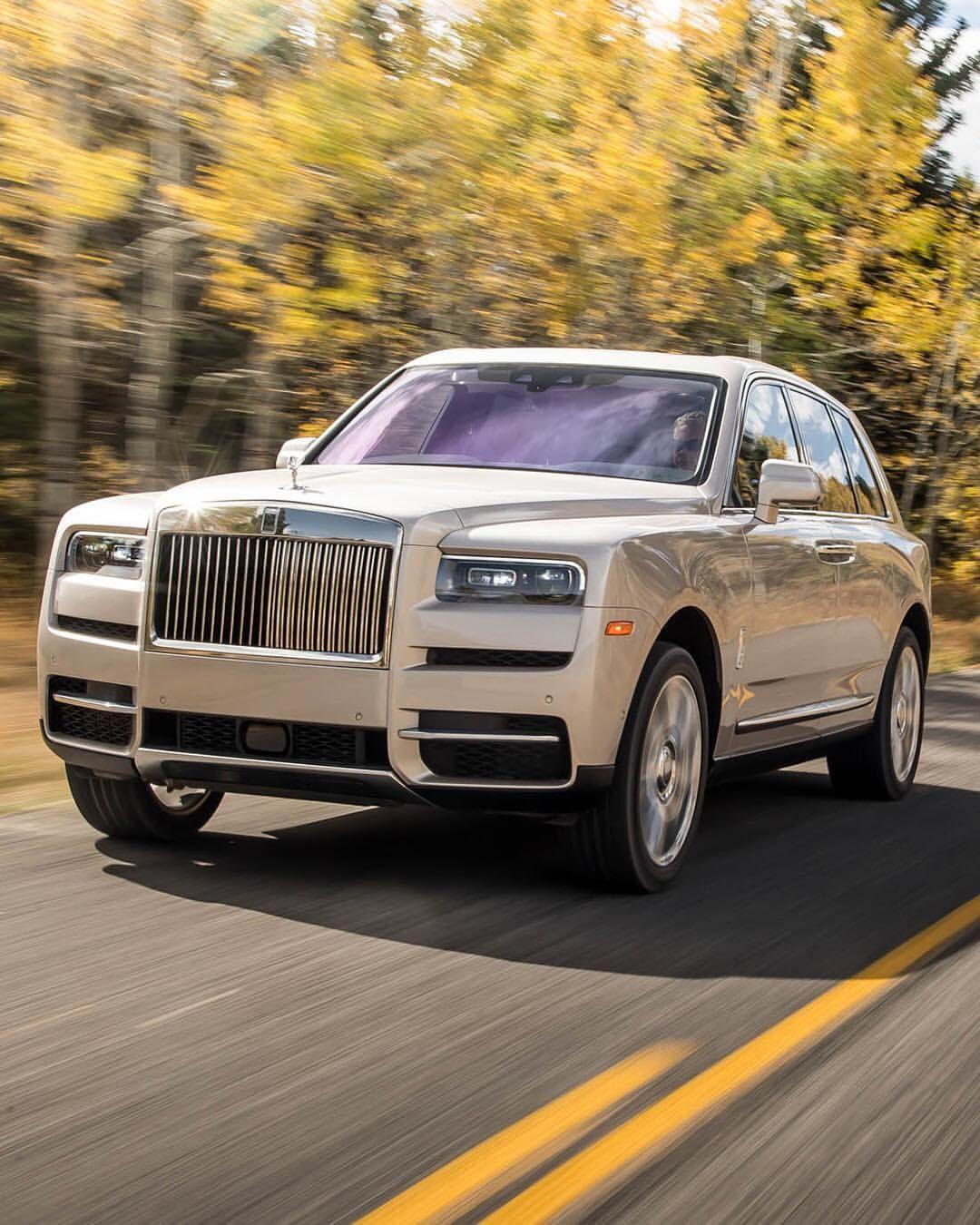 Pin Pa A Cullinan Rolls Royce