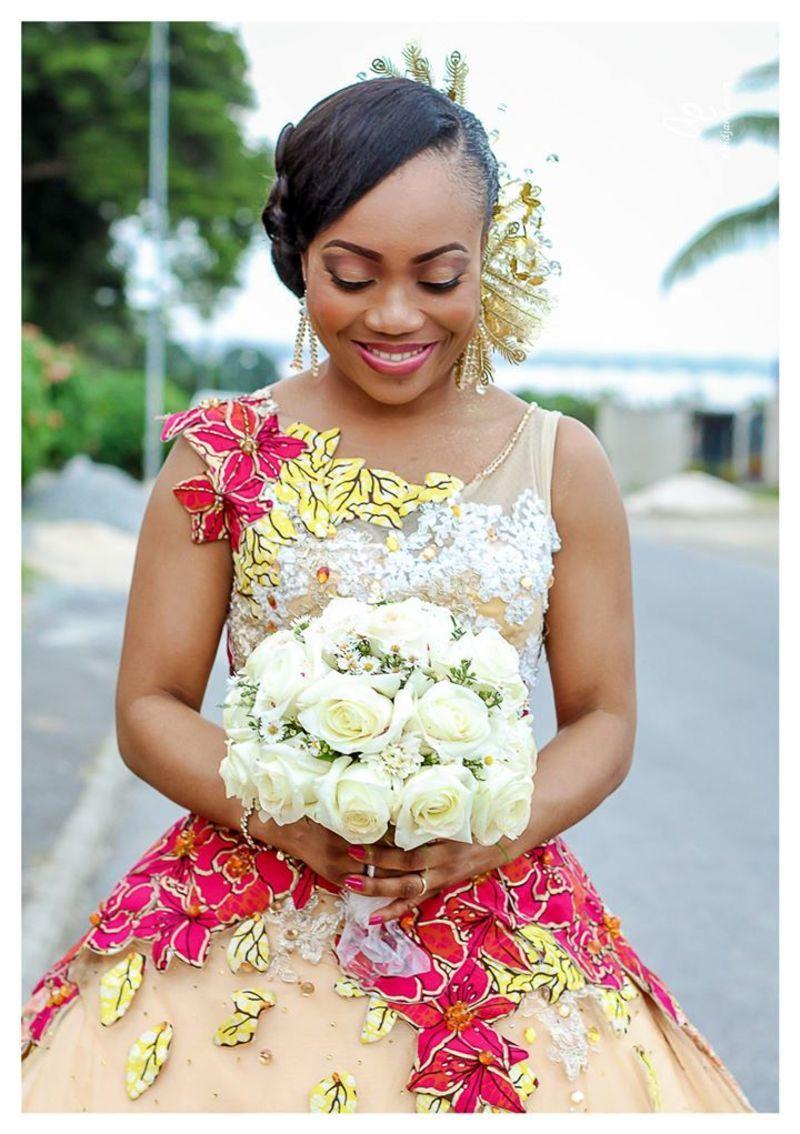 {title} (avec images) | Robe de mariee, Robes de mariée africaine, Robe tule