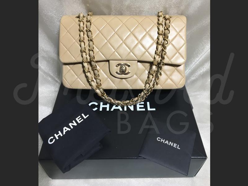 30aa1af60637 Chanel 10