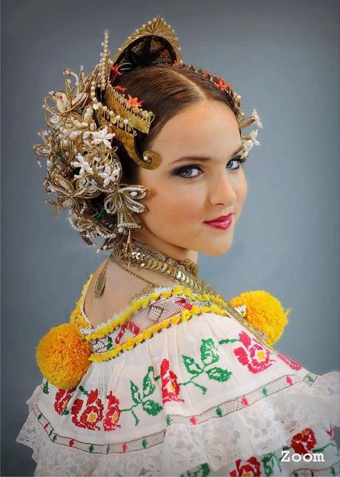 Pollera, Panama | Panama Culture | Panama, Fashion ...
