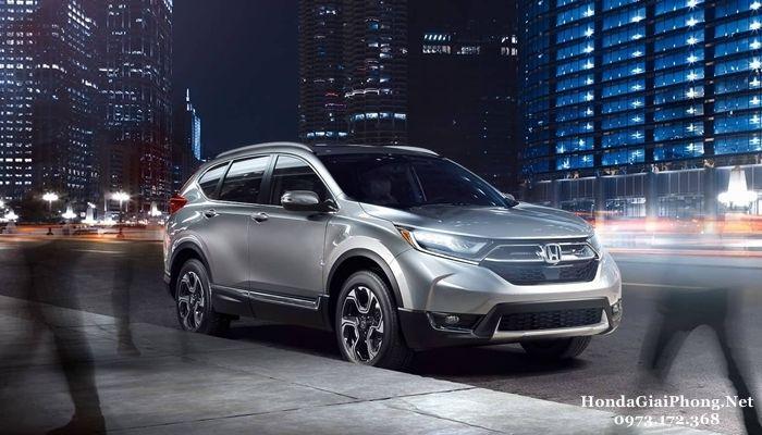 Giá xe Honda CRV 2018 cập nhập mới nhất tại thị trường Việt Nam. Phân khúc các mẫu xế SUV/Crossover cỡ nhỏ là phân khúc đang có bước đột phá vượt bậc tại nhiều thị trường trên thế giới trong vài năm trở lại đây.
