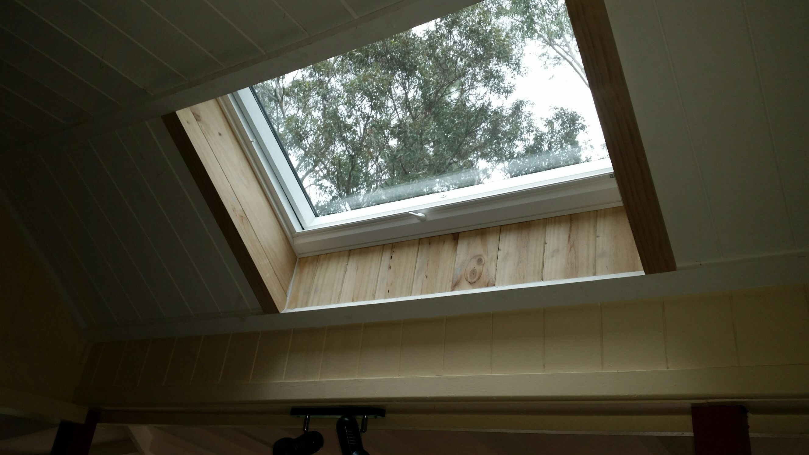 A Velux Manual Opening Skylight Installed Into The Kitchen Gives A Great View To The Nature And Skies Above Al Velux Skylights Skylight Installation Skylight