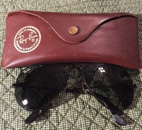Ray Ban BL Etching On Right Lens L2823 Black Aviator Bausch And Lomb