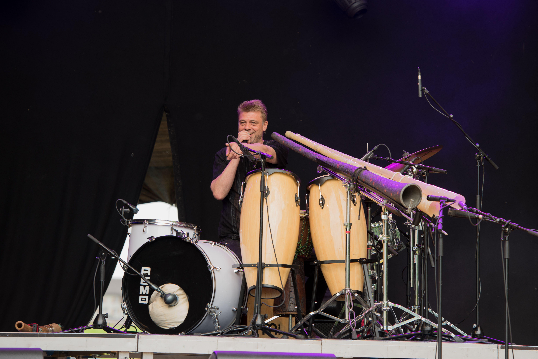 Roman Buss - Didgeridookonzert Ostermundigen. Der Schweizer Didgeridoovirtuose…