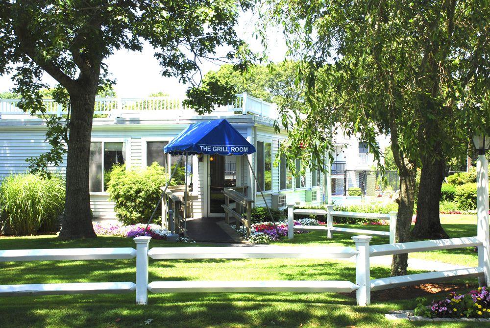 Set On The Award Winning Blue Rock Golf Course Blue Rock Golf Resort Is A Cape Cod Resort Unlike Any Other Blue Rock Boasts It Golf Resort Pet Resort Resort