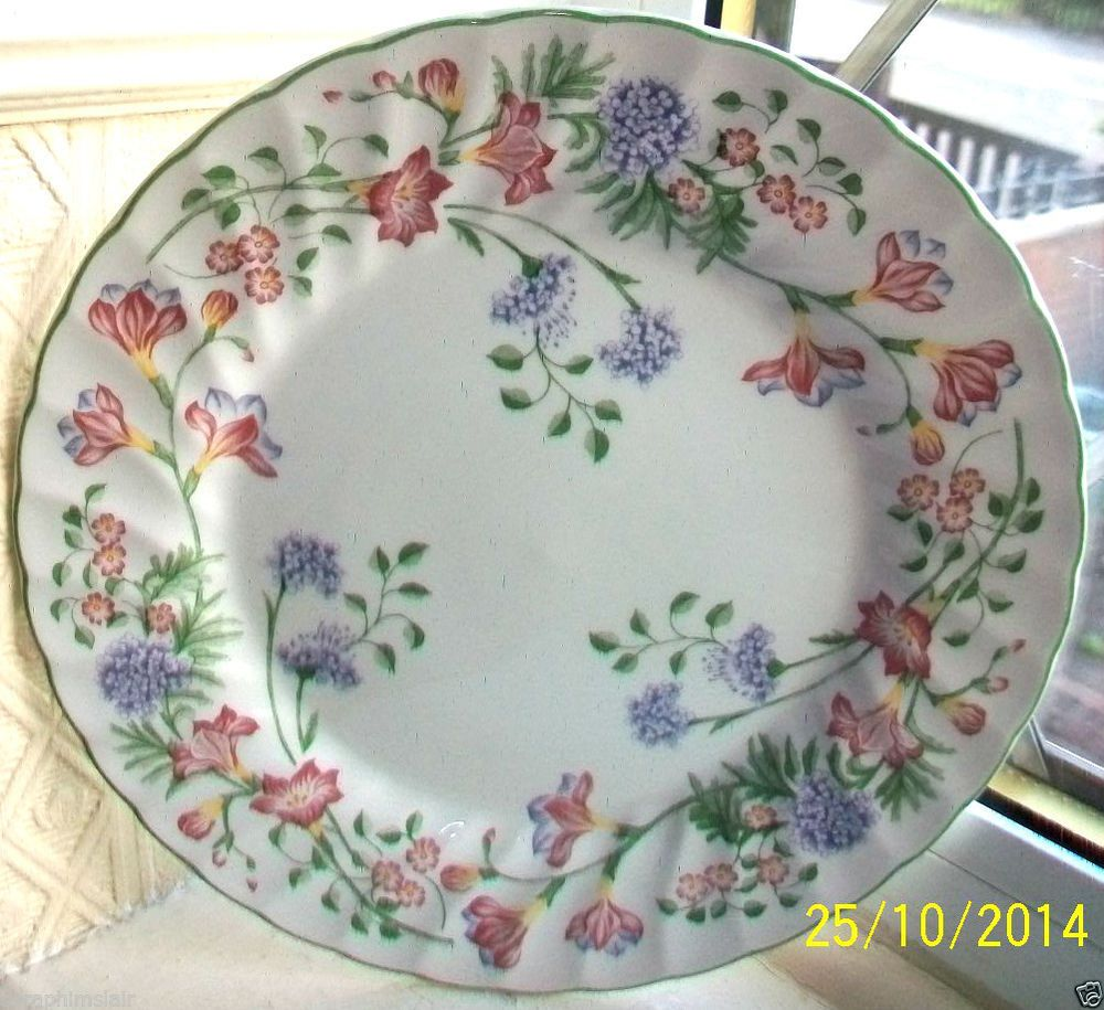 Churchill~Emily~Fine English Tableware~10 D Fluted China Dinner Plate Exc Cond & Churchill~Emily~Fine English Tableware~10 D Fluted China Dinner ...